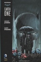Batman:   1. Earth one (HC)